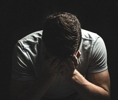 Yetişkinlerde Dikkat Eksikliği ve Hiperaktivite Belirtileri